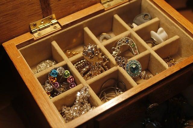 joyas de oro y plata